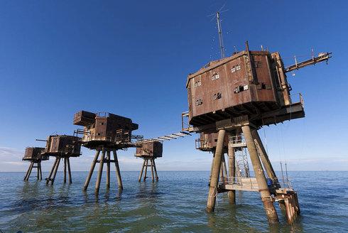 Mořské forty: Kovové příšery u pobřeží Británie