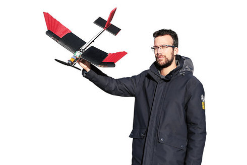Opeřený dron: Technologie inspirovaná přírodou
