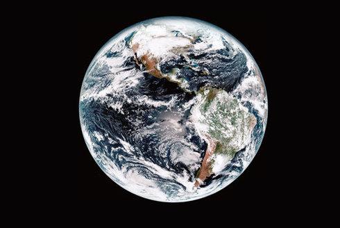 GOES-16: Nejlepší fotograf Země