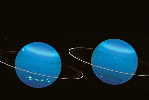 Proč se Uran kutálí? Bowling ve vesmíru
