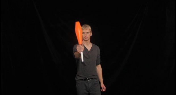 Škola žonglování 3: Bez kuželů se neobejde žádný správný žonglér