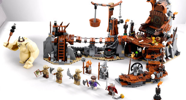 Lego oznámilo pět nových stavebnic podle filmu Hobit
