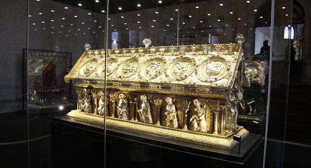 Příběh jako z detektivky: Relikviář svatého Maura