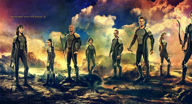 Vítězové Hunger Games na novém mega plakátu k filmu
