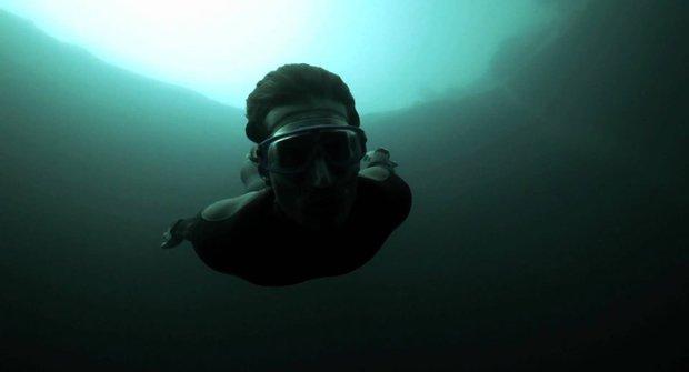 Podmořská hrůza: Bez dýchání do propasti