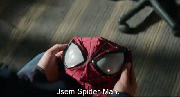 """Amazing Spider-Man 2: """"Co jsi celou dobu dělal?"""" """"Motal se kolem sítí."""""""