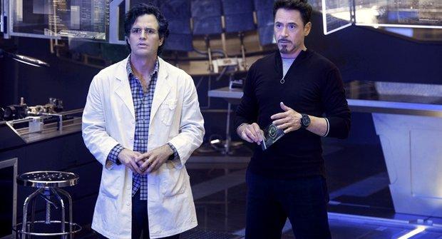 Nové fotky z filmu Avengers: Age of Ultron se Starkem a Bannerem