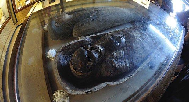 Jak si udělat vlastní mumii? Recept na mumifikaci
