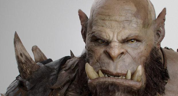Ork z filmu World of Warcraft se zubí na první fotce