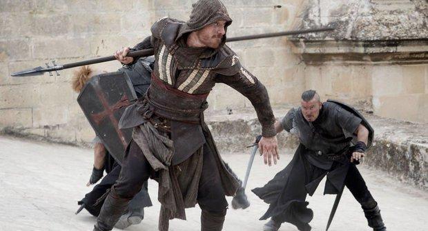 Assassin's Creed v akci: První trailery na film