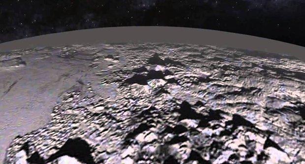 Pluto tajemství zbavené: Hory v mořích dusíku a chrlící sopky