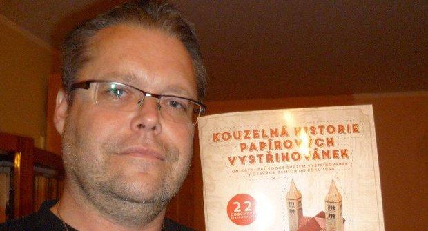 Papírová archeologie: Rozhovor s Josefem Kropáčkem