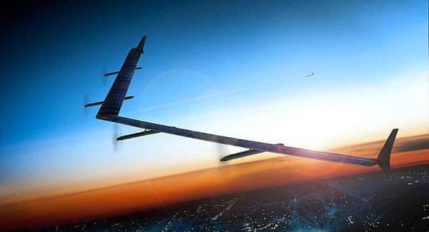 Facebook otestoval solární dron: Rozšíří internet do světa