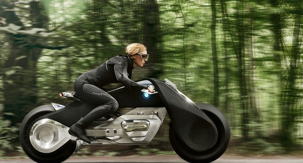 BMW Vision Next 100: Motojízda budoucnosti