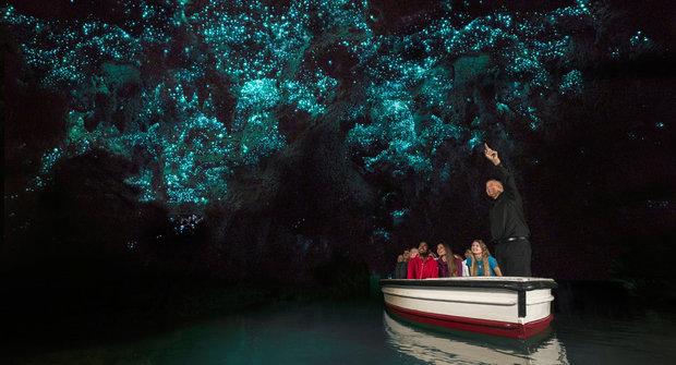 Podivuhodná místa: V jeskyni Waitomo svítí červi
