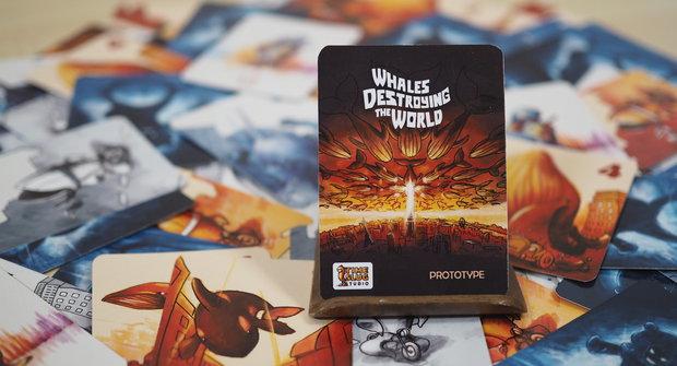Česká karetní hra Velryby ničí svět pokračuje