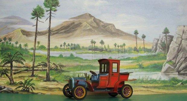Papírová historie: Packard Landaulet z časopisu ABC slaví půl století