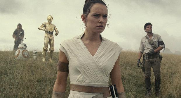 5 věcí, které jsme zjistili z první ukázky k Star Wars: Epizodě IX