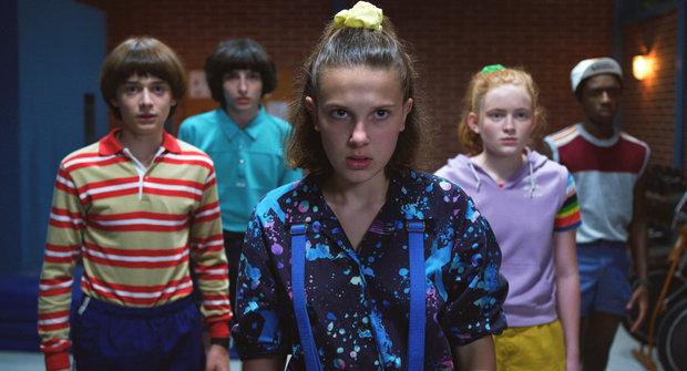 Na co dívat v karanténě? Nejlepší seriály pro děti a teenegery