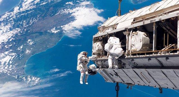 Mezinárodní vesmírná stanice má 20 let