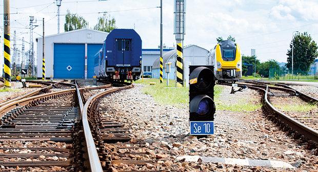 Trochu větší vláčkoviště: Testovací okruh pro vlaky
