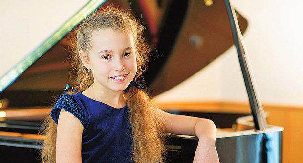 Zlatý oříšek ABC: Nora Lubbadová zahrála na klavír na Pražském jaru