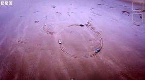 Lážo plážo: Borci z Top Gear se prohání pískem