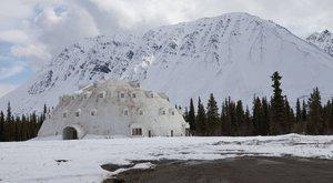 Galerie: Opuštěný iglú hotel na Aljašce