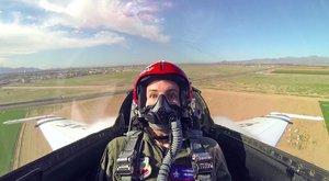 Smrt v očích: Co se stane, když si obyčejný týpek sedne do Thunderbirdu F-16