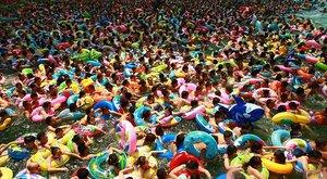 Čínské disko koupání: Prostě tělo na tělo