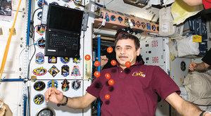 Vesmírní turisté: Rok na oběžné dráze