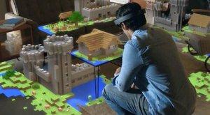 HoloLens postaví Minecraft na vašem stole