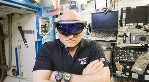 Hologramy od Microsoft HoloLens: Kouzelná brána do jiného světa