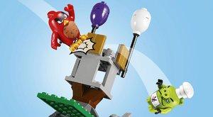 Lego Angry Birds: Hrad krále Prasete? Perfektní spojení v jednom levelu