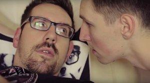 YouTubeMag: Youtubeři obědvají žrádlo pro psy