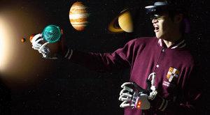 Dexmo vás ve virtuální realitě chytne a nepustí