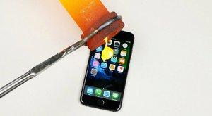 YouTubeMag: iPhone 7 vs. nejsilnější kyselina světa – 1:0