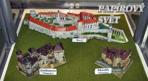 Papírový svět: Unikátní modely hradů na Smíchově