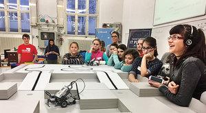 Rozhýbaní Lego roboti: Holčičí programování