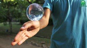 Kontaktní žonglování: Neuvěřitelné triky s magickou koulí