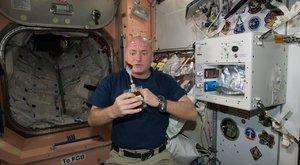 NASA: Ve vesmíru se lidem mění i tvar očí