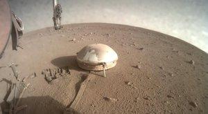 Novinky z Marsu: Vědci nahlédli do nitra planety