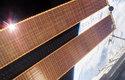 Solární panely se ve vesmíru využívají již dnes – pro výrobu energie u družic nebo vesmírné stanice