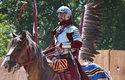 Historická rekonstrukce podoby husarského jezdce