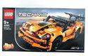 Lego Technic má novinku: repliku dokonalého auťáku Chevrolet Corvette ZR1