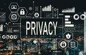 Cenou za používání internetu a sociálních sítí je ztráta soukromí