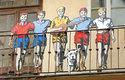 Rychlé šípy: Mirek Dušín, Jarka Metelka, Jindra Hojer, Rychlonožka a Červenáček. Pětice kluků, kteří tvoří oddíl Rychlé šípy a nadevše milují výlety a dobrodružství