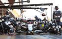 F1 je plná extrémů. Například pneumatiky dokáží mechanici vyměnit za méně než 2 sekundy