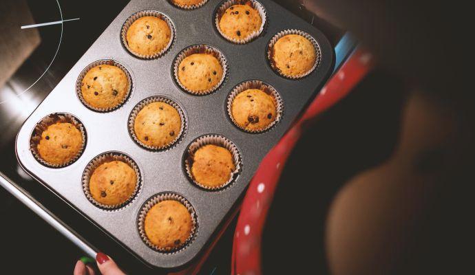 Pro pravidelné pečení doporučujeme používat formu na 12 muffinů. Napečete pro celou rodinu a zbydou vám i do zásoby.