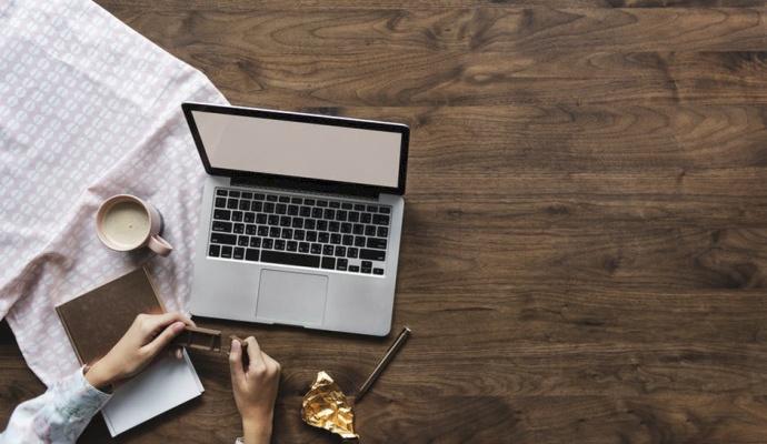 Máte-li kuráž, můžete o svém předsevzetí napsat i na sociální sítě – jakmile o něm bude vědět tolik lidí, už se vám nebude chtít přestat.